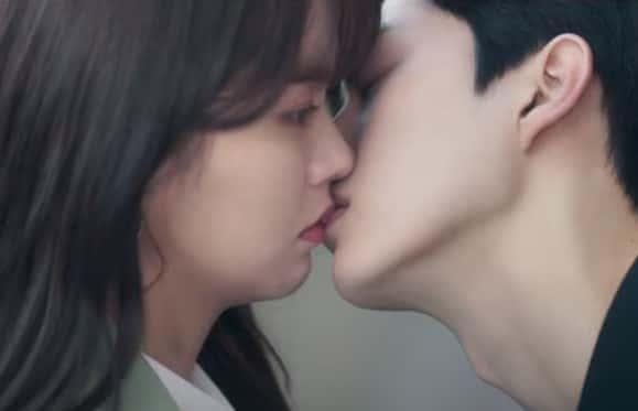 ソノとジョジョのキス