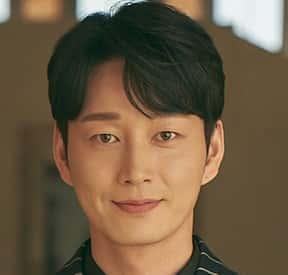 イ・ヒョヌクハン・ジヨン役ヒスの夫、ヒョウォン家の次男