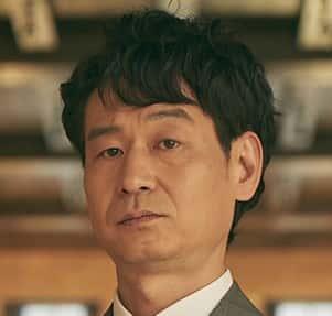 パク・ヒョックォンハン・ジンホ役ヒョウォングループの長男、ソヒョンの夫